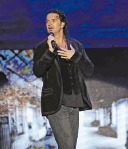 Arjona en Premios Juventud