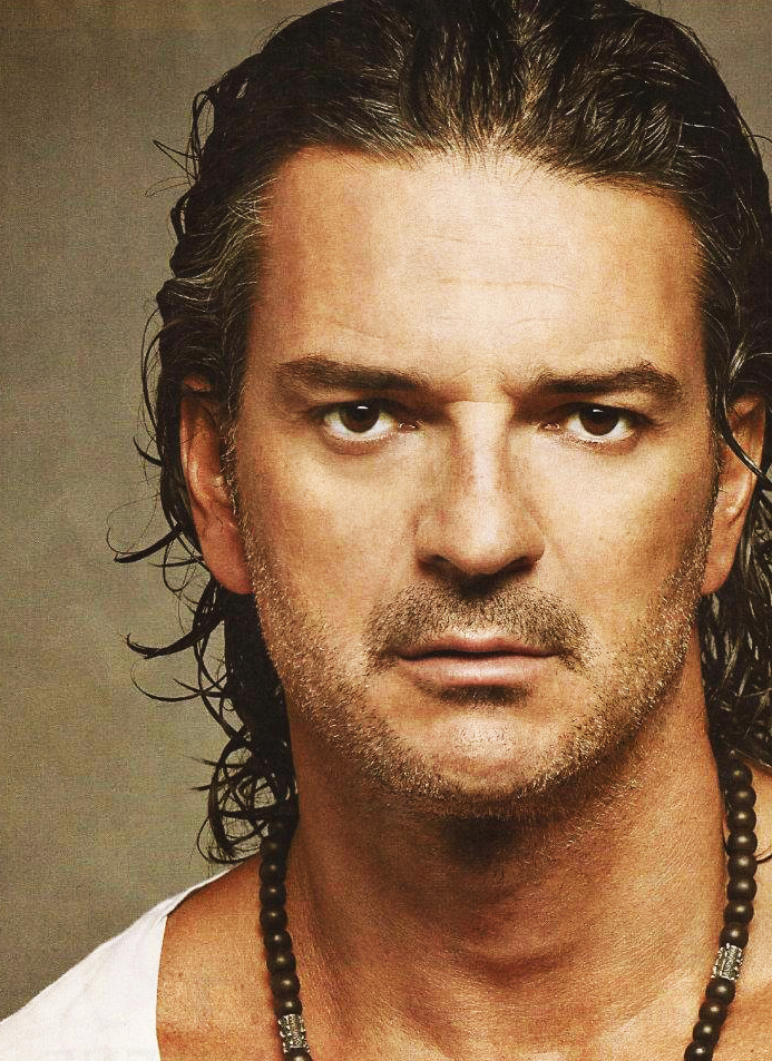 Murió Ricardo Arjona en Accidente