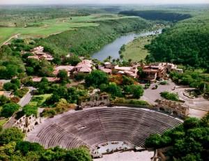 Gran cierre del Metamorfosis World Tour en Altos de Chavón, República Dominicana
