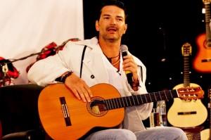 Ricardo Arjona dará inicio con su primera escuela de artes en Guatemala