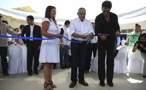 Ricardo Arjona inauguró la primera escuela de su Fundación Adentro