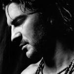 Ricardo Arjona – Acompáñame a estar solo