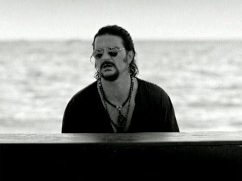 Ricardo Arjona – Quiero