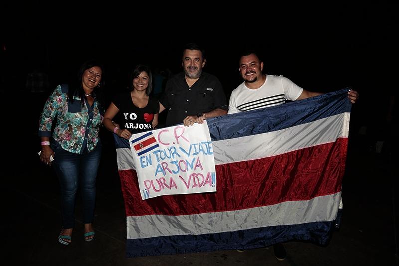 ARJONEANDO-BANDERA-COSTA-RICA EN PANAMA
