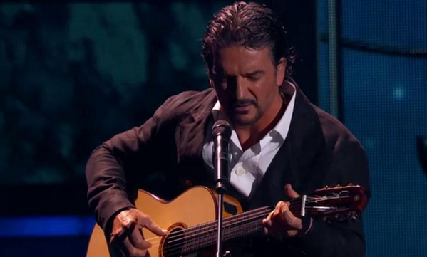 Video Completo: Ricardo Arjona recibiendo el Premio a La Excelencia 2015
