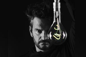 Escuchá lo más nuevo de Ricardo Arjona… Nada es como tú